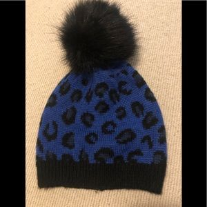 🆕 Molly Bracken blue leopard beanie